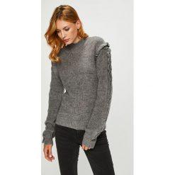 Silvian Heach - Sweter. Szare swetry klasyczne damskie marki Silvian Heach, l, z dzianiny, z włoskim kołnierzykiem. W wyprzedaży za 399,90 zł.