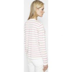 Vila - Sweter Strike. Szare swetry klasyczne damskie Vila, l, z bawełny, z okrągłym kołnierzem. W wyprzedaży za 69,90 zł.