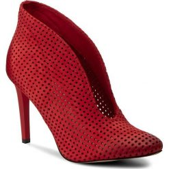 Szpilki CARINII - B3255/M H55-000-000-A92. Czerwone botki damskie skórzane Carinii. W wyprzedaży za 199,00 zł.