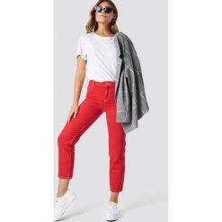 MANGO Jeansy Claudia - Red. Czerwone jeansy damskie Mango, z podwyższonym stanem. Za 141,95 zł.