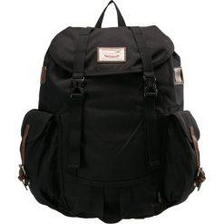 Doughnut WOODLAND CORDURA Plecak black. Czarne plecaki damskie Doughnut. Za 379,00 zł.