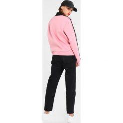 Bluzy rozpinane damskie: Hype WOMENS CREWNECK HIGH NECK SPORTS Bluza pink/black