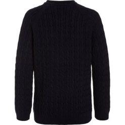 Lacoste Sweter navy blue. Niebieskie swetry chłopięce Lacoste, z bawełny. W wyprzedaży za 295,20 zł.