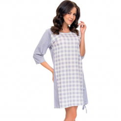 Koszula nocna w kolorze fioletowo-białym. Białe koszule nocne i halki Doctor Nap, w kratkę. W wyprzedaży za 59,95 zł.