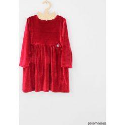 Sukienka z aksamitu. Czerwone sukienki dziewczęce dzianinowe marki Pakamera, z długim rękawem, długie. Za 129,00 zł.