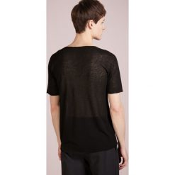 Nuur GIROCOLLO SEAMLESS Tshirt basic black. Czarne t-shirty męskie Nuur, m, ze lnu. W wyprzedaży za 419,50 zł.