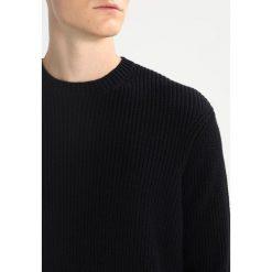 AllSaints IVANN CREW Sweter black. Czarne kardigany męskie marki AllSaints, l, z bawełny. W wyprzedaży za 356,95 zł.