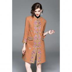 Płaszcz w kolorze jasnobrązowym. Brązowe płaszcze damskie marki Zeraco. W wyprzedaży za 419,95 zł.