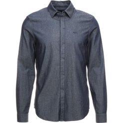 Armani Exchange Koszula denim indaco. Niebieskie koszule męskie marki Armani Exchange, m, w kropki. Za 359,00 zł.