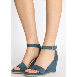 Rzymianki damskie: ANGULUS Sandały na koturnie denim blue