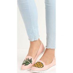 Mokasyny damskie: Różowe Mokasyny Pineapple
