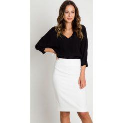 Spódnice wieczorowe: Klasyczna ołówkowa spódnica ecru BIALCON