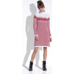 Biało Czerwona Sukienka Żakardowa w Skandynawskie Wzory. Białe sukienki marki Molly.pl, na zimę, l, z żakardem, z golfem. Za 99,90 zł.