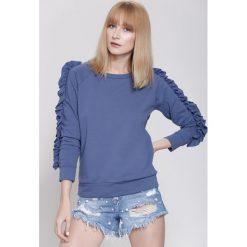 Bluzy rozpinane damskie: Niebieska Bluza She's Rebel