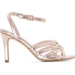 Rzymianki damskie: Metaliczne sandały z paseczków