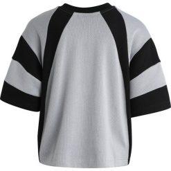 Adidas Originals TEE Bluzka z długim rękawem white/black. Białe bluzki dziewczęce bawełniane marki UP ALL NIGHT, z krótkim rękawem. Za 129,00 zł.