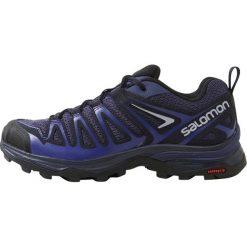 Salomon X ULTRA 3 PRIME  Obuwie hikingowe crown blue/night sky/spectrum blue. Białe buty sportowe damskie marki Nike Performance, z materiału, na golfa. W wyprzedaży za 351,20 zł.