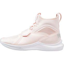 Puma PHENOM Obuwie treningowe pearl/silver/high risk red. Czerwone buty sportowe dziewczęce Puma, z materiału. Za 339,00 zł.