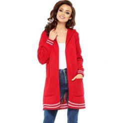 Swetry klasyczne damskie: Sweter w kolorze czerwonym