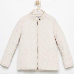Kurtki dziewczęce: Pikowana kurtka ze stójką – Beżowy