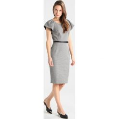 Sukienki hiszpanki: Karen Millen MICRO GRID COLLECTION Sukienka etui black/multi