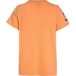 Polo Ralph Lauren BIG Tshirt z nadrukiem pompano orange. Brązowe t-shirty chłopięce Polo Ralph Lauren, z nadrukiem, z bawełny. Za 169,00 zł.