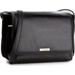 Torebka CALVIN KLEIN BLACK LABEL - Victori4 Flap Crossb K60K603428 001. Czarne listonoszki damskie marki Calvin Klein Black Label. W wyprzedaży za 439,00 zł.