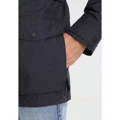 Jack Wolfskin BRIDGEPORT JACKET Kurtka hardshell phantom. Czarne kurtki trekkingowe męskie marki Jack Wolfskin, l, z poliesteru, z kapturem. W wyprzedaży za 839,20 zł.