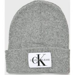 Calvin Klein Jeans - Czapka. Szare czapki zimowe damskie marki Calvin Klein Jeans, na zimę, z jeansu. Za 159,90 zł.