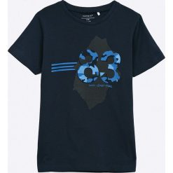 Name it - T-shirt dziecięcy 122-164 cm. Czarne t-shirty chłopięce z nadrukiem Name it, z bawełny, z okrągłym kołnierzem. Za 29,90 zł.
