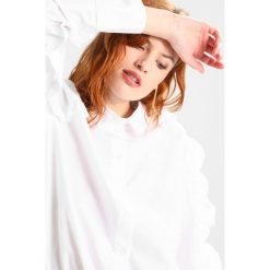 Koszule wiązane damskie: Bardot FRILL  Koszula white