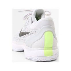 Nike Performance AIR ZOOM CAGE 3 HC Obuwie do tenisa Outdoor vast grey/black/white/volt glow/atmosphere grey. Szare buty do tenisa męskie marki Nike Performance, z materiału. W wyprzedaży za 384,30 zł.
