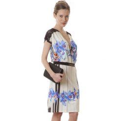 Sukienki hiszpanki: Sukienka w kolorze niebiesko-ecru