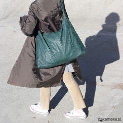 Torba zieleń z lasu. Zielone torebki klasyczne damskie Pakamera, ze skóry. Za 330,00 zł.