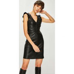 Armani Exchange - Sukienka. Czarne sukienki balowe marki Armani Exchange, l, z materiału, z kapturem. Za 679,90 zł.