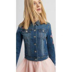 Bomberki damskie: Jeansowa kurtka z haftem