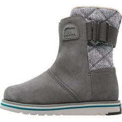 Sorel RYLEE Śniegowce dark fog. Czarne buty zimowe damskie marki Sorel, z materiału. W wyprzedaży za 349,30 zł.