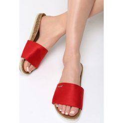 Czerwone Klapki When I Dream. Czerwone crocsy damskie marki Born2be, z materiału, na platformie. Za 59,99 zł.