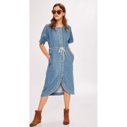 Pepe Jeans - Sukienka Chleo. Szare sukienki mini marki Pepe Jeans, na co dzień, l, z bawełny, casualowe, z okrągłym kołnierzem, z krótkim rękawem. W wyprzedaży za 379,90 zł.