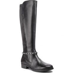 Oficerki CAPRICE - 9-25509-21 Black Nappa 022. Czarne buty zimowe damskie Caprice, z materiału, przed kolano, na wysokim obcasie, na obcasie. W wyprzedaży za 429,00 zł.