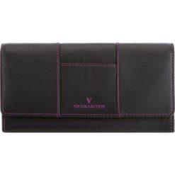 Portfel V14-01-917-10. Czarne portfele damskie marki Cropp, w kolorowe wzory. Za 103,20 zł.