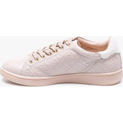 Guess Jeans - Buty Super. Szare buty sportowe damskie marki adidas Originals, z gumy. W wyprzedaży za 319,90 zł.