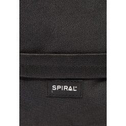 Spiral Bags HYDE Plecak blackout. Czarne plecaki męskie marki Spiral Bags. W wyprzedaży za 151,20 zł.
