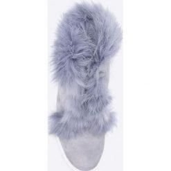 Gino Rossi - Botki Taniko. Szare buty zimowe damskie marki Gino Rossi, z gumy, z okrągłym noskiem, na koturnie, na sznurówki. W wyprzedaży za 299,90 zł.