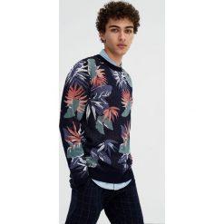 Swetry klasyczne męskie: Sweter w kwiaty i liście