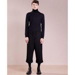 Spodnie męskie: D.GNAK FOLDED WIDE PANTS Spodnie materiałowe black