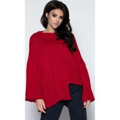 Czerwony  Sweter Asymetryczny z Rozkloszowanymi Rękawami. Czerwone swetry oversize damskie Molly.pl, uniwersalny, z dzianiny. W wyprzedaży za 83,23 zł.