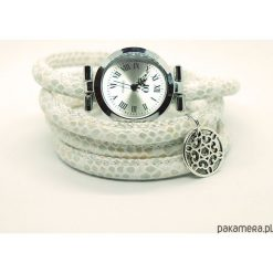 Zegarek, bransoletka - Kremowy - owijany. Białe bransoletki damskie na nogę marki Pakamera. Za 95,00 zł.
