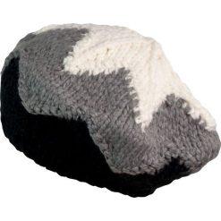 Czapka-beret damska ciepła z gwiazdką szaro czarna. Czarne czapki zimowe damskie marki Art of Polo. Za 49,91 zł.
