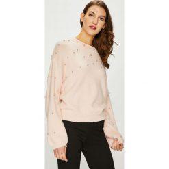 Vero Moda - Sweter. Szare swetry klasyczne damskie marki Vero Moda, s, z dzianiny, z okrągłym kołnierzem. Za 189,90 zł.